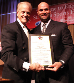 Albert Pujols accepts Jackie Robinson Humanitarian Award